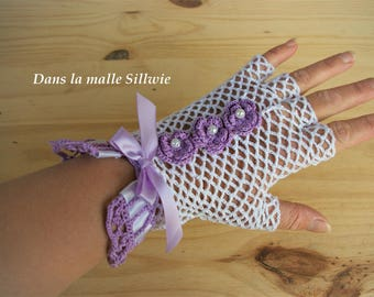 pair of fingerless gloves purple and white lace gloves for wedding ceremony