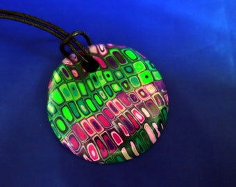 A colourful eye-catching polymer pendant with FREE SHIPPING WORLDWIDE