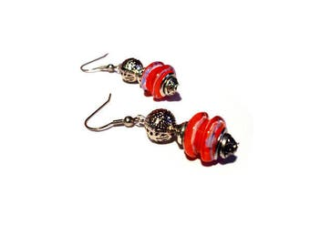 Retro earrings, Pearl red drums