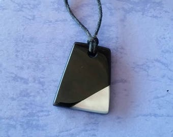 Black jade and Mother of pearl shell hand made Australian black jade make great gifts or for you.