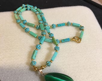 Green Cat's Eye Beaded Necklace