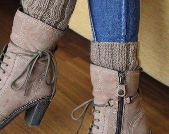 Short legwarmer knitting wool made