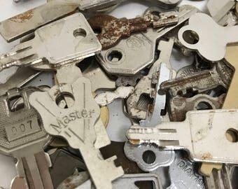 Vintage Flat Keys- Set of 50 #6