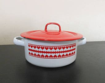 Enamel Cooking Pot. Vintage Enamel Pan. Enamelware. Red Enamel Cookware. Casserole Dish. Vintage Kitchen. Marmite Emaillée. Red Decor. 50s