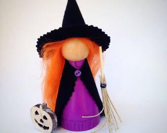 Halloween, witch, peg doll, hand painted, large 9cm doll, room decor, everlasting gift, with mini broomstick and jack o lantern,