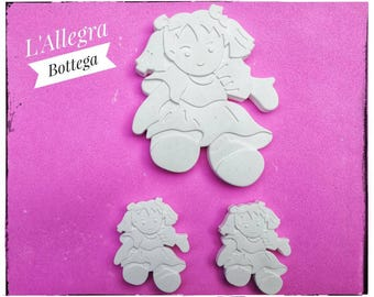 5 Doll-shaped chalks with various sizes