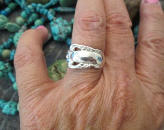 Authentic Original 1970's Solid Sterling Silver SPOON RING>> New old stock, never worn>> Fancy Detailing > Adjustable