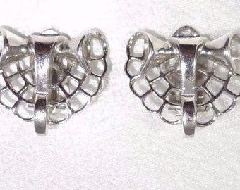 Crown TRIFARI ALFRED PHILIPPE 1947 Pat Pend Clip On Earrings