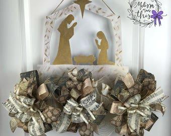 Nativity Manger Painted Wooden Door Hanger with Deco Mesh & Bows, Nativity Hand Painted Door Hanger, Manger Door Hanger, Nativity Door Decor