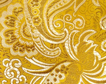 150 CM. Beautiful Brocade with embroidery of luxury fabric