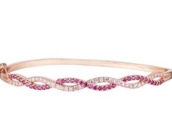 Bracelet / rose gold plated Bangle and swarovski crystals