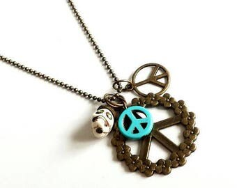 Necklace peace skull