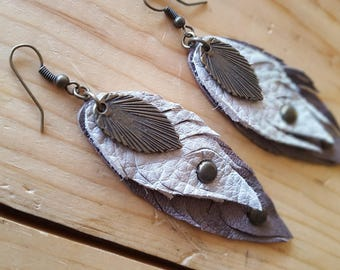 Leather earrings brown feathers leafs peacock