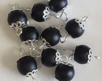 5 connectors 8mm frosted black glass beads