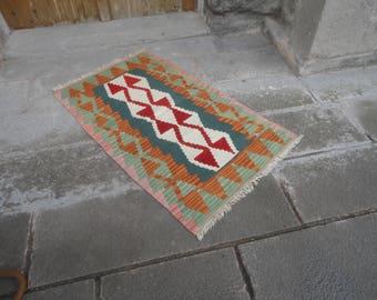 Kilim rug,FREE SHIPPING !!! hand made rug,,Turkish vintage rug,46'' x 28'' ,interior design,home decor,wall rug,flat woven rug,piless rug
