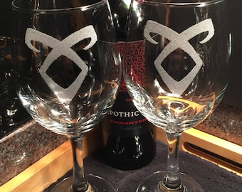 Shadowhunters Angelic Rune Large Red Wine Glasses - Shadowhunters - Angelic Rune - Enkeli - Large Red Wine Glasses - Book Club Gift - SciFi