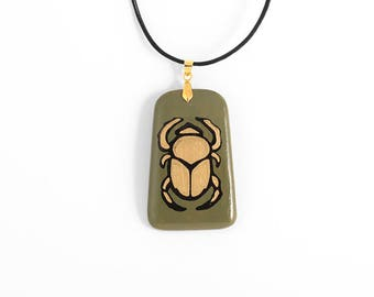 "Pendant ""the Golden scarab"""
