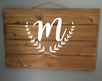 Wood Pallet with Letter