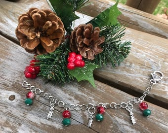 Holly Charm Bracelet, Christmas Bracelet, Christmas Jewelry, Silver Bracelet, Jewelry, Bracelets for Women, Bracelets Charms, Gifts for Her