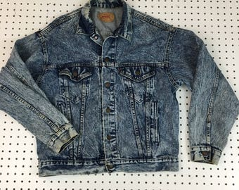 Men's Levi's Vintage Acid Wash Denim Jacket size Medium