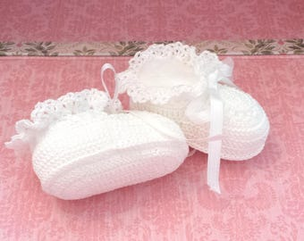 Crochet Baby Booties - Baby Booties Crochet - Baby Girl Booties - Christening Shoes - Baby Shower Gift - Pink - Newborn Baby