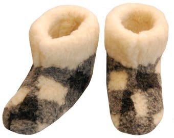 Fur sock slippers Women Mes SHEEP WOOL moccasins woolen warm winter shoes indoor boots black white shearling slippers christmas natural gift