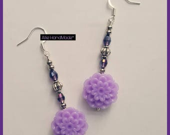 Earrings with purple crystals, silver pearls and lilac flowers