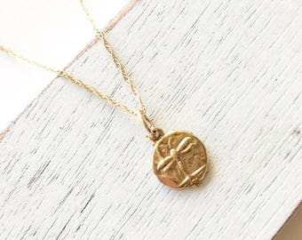 Gold fill dragonfly necklace,gold fill necklace,minimalist jewelry,gift for her,dragonfly charm,dainty necklace,birthday gift
