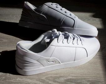 Triesti Shoes: White