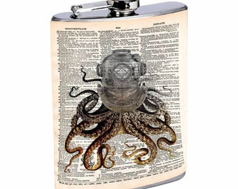 Sooku Design Stainless Steel Flask 8oz with Beautiful T-shirt Design Octopus World Map