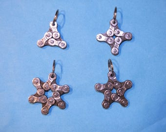 Star-shaped keyring made from a repurposed bicycle chain