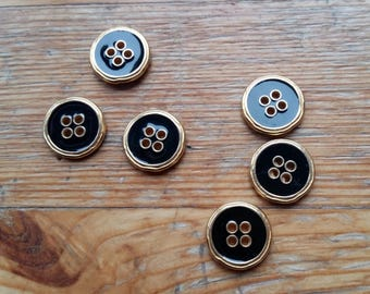 6 buttons 14 mm black gold colors