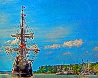 El Galeon enters Port Royal, SC