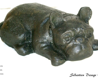 sculpture animal dog bulldog