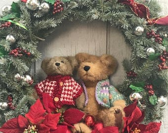 "Teddy Bears with Poinsettias & Berries 19"""