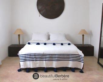 Moroccan Pom Pom Blanket, Pom Pom Blanket, Moroccan Cotton Blanket, Moroccan Blanket, Pom Pom Throw