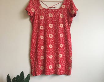 Embroidered red tunic mini dress • Vintage • 1990's • Ethnic • Embroidery • Chainstitch • Red • Mini Dress • Tunic • Hippie • Boho • Floral