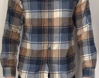 Mens small longlseeve heavy buttondown plaid shirt by columbia sportswear