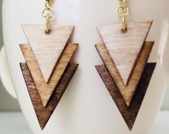 Wooden ombre small layered triangle earrings - stained wood earrings - rustic earrings - modern earrings - statement earrings - triangles