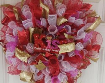 Kiss Valentine's day wreath