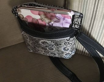 Crossbody bag, purse with adjustible strap, Beverly bag, ipad bag, black and white bag wit gray