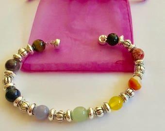 Bracelet des 7 chakras en pierre naturelle semi-précieuse