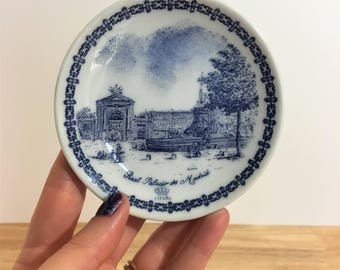 Vintage Small Blue and White Plate  / Vintage Real Palacio de Madrid Plate / Vintage Jewelry Dish / Vintage Coin Plate / Vintage Ring Holder