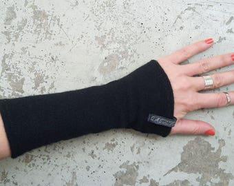 "New warmers Pulse Warmer 100% cashmere ""cashmere Heart"" black"