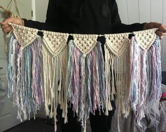 Macrame wall hanging/garland/bunting