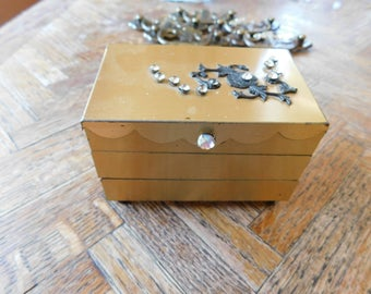 Vintage brass accordian style trinket or jewelry box with rhinestones