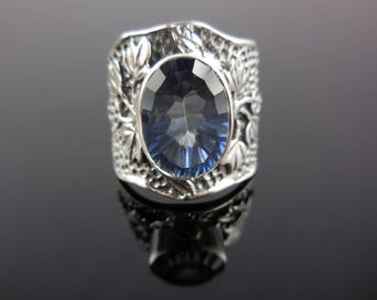 Mystic blue quartz sterling silver ring - size 8.25