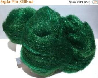 """Tour De Fleece SALE Green Felting wool Firestar batt, """"Sparkly Pine"""", spinning fiber roving, pine, evergreen,  green, forest, Christmas gree"""