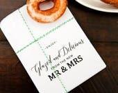 Donut Favor Bags - Wedding Food Favor Idea  - Glazed and Delicious Doughnut - Reception Favor Bag -  5 White - Wax lined Favor Bags