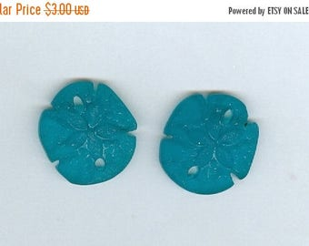 CLEARANCE Set 2 Teal blue 21x19mm Small Sand Dollar Sea Glass Pendant Beads